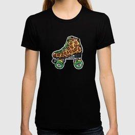Roller derby vintage leopard roller skates T-shirt