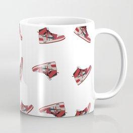 Jordan Offwhite Pattern R Coffee Mug