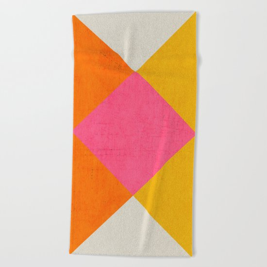 summer triangles Beach Towel
