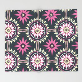 Daisy Chain (Patterned) Throw Blanket