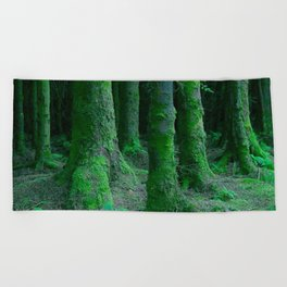 IRISH FOREST Beach Towel
