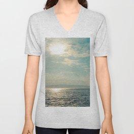 Pā'ako Beach Iridescence Unisex V-Neck