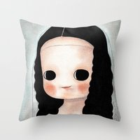 mona lisa Throw Pillows featuring Mona Lisa by Evangelione