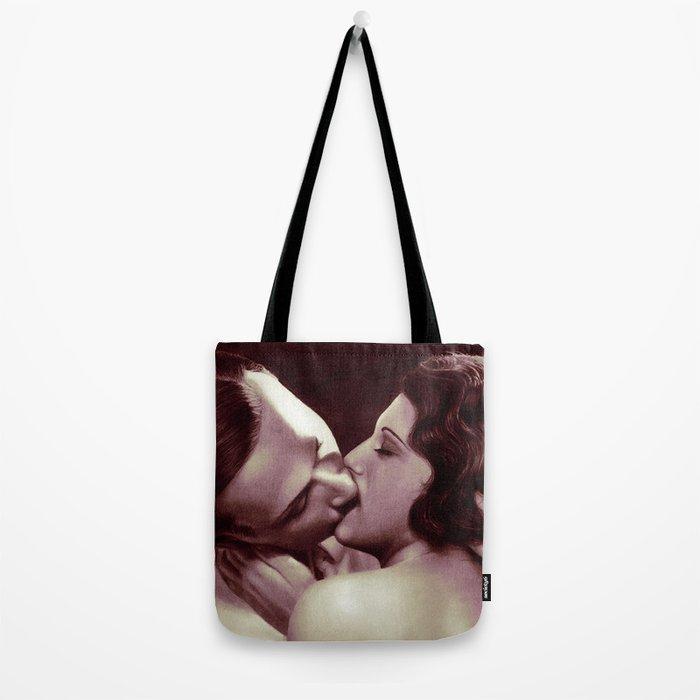 Kissing vintage couple - photorealistic pencil drawing Tote Bag