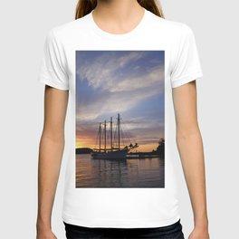 Schooner at sun rise T-shirt