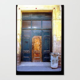 DOOR IN BUDAPEST (HUNGARY) Canvas Print