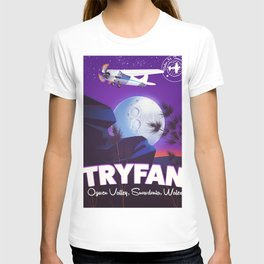 Tryfan Wales travel poster T-shirt