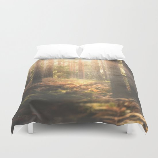 When rainbows sleep Duvet Cover