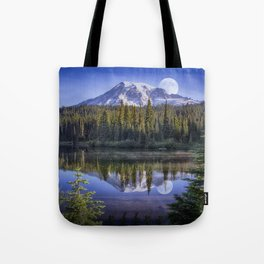 Moon Rise Over Mt. Rainier Tote Bag