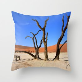 Skeleton tree II Throw Pillow