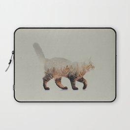 Cat: Maine Coon Laptop Sleeve