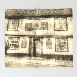 The Coopers Arms Pub Rochester Vintage Throw Blanket