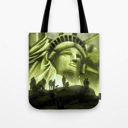 Tourist Destination - Statue of Liberty Style Tote Bag