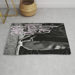 Live laugh love - Black & white Rug