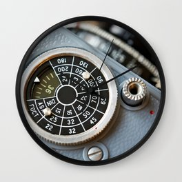 Wheel to set control sensitivity retro camera Wall Clock