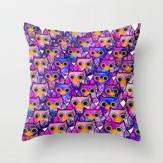 owl-829 Throw Pillow
