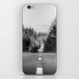 Denbigh Moors - Evo Triangle, B4501 Road iPhone Skin