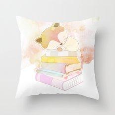 CAT READS Throw Pillow