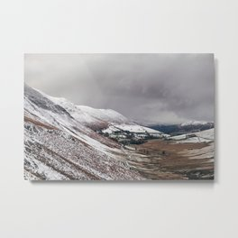 Keskadale from Newlands Hause, with surrounding mountains covered in snow. Cumbria, UK Metal Print