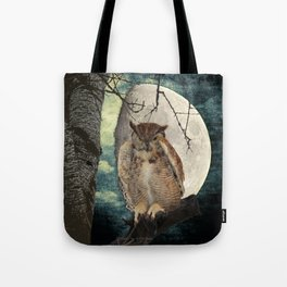 Great Horned Owl Bird Moon Tree A138 Tote Bag