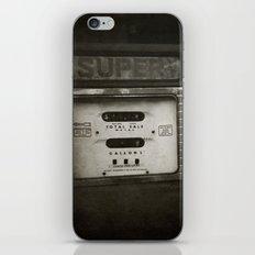 { super } iPhone & iPod Skin