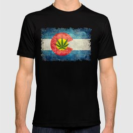 Retro Colorado State flag with the leaf - Marijuana leaf that is! T-shirt