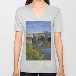 Teston Bridge Unisex V-Neck