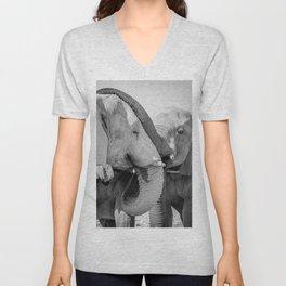 B&W Elephant Love 2 Unisex V-Neck