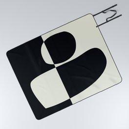 // Reverse 02 Picnic Blanket