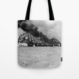 Zeppelin crash (Hindenburg) Tote Bag