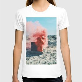 PINK SMOKE - SUIT CASE T-shirt