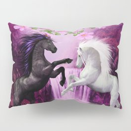 HORSES IN LOVE Pillow Sham