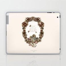 le petit, amour, délicate Laptop & iPad Skin