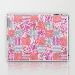 strates 17 Laptop & iPad Skin