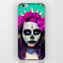 Niña de Muerta iPhone Skin
