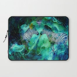 Love Beyond The Moon And Stars - Bagaceous Laptop Sleeve