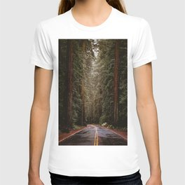 Avenue of the Giants, The Redwoods California  T-shirt