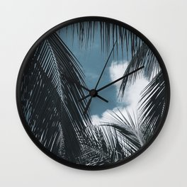 A perfect afternoon I. Wall Clock