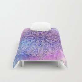 big paisley mandala in light purple Comforters