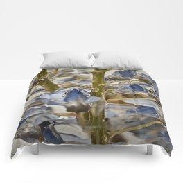 iced wisteria Comforters