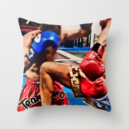 Fight : Attack Throw Pillow