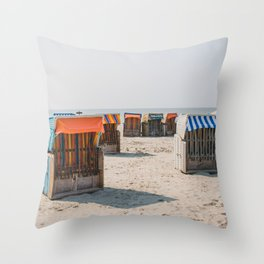 Cabines de plage 4 Throw Pillow