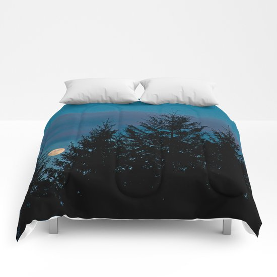 Full moon in the firs Comforters