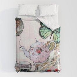 AFTERNOON - madewithunicorndust by Natasha Dahdaleh Comforters