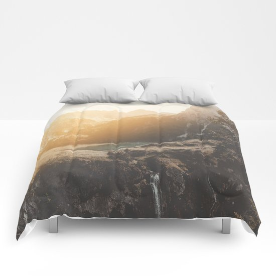 Is this real landscape photography Comforters