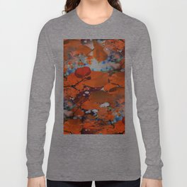 Branches in burgundy and bronze - Seamless fall leaf pattern Long Sleeve T-shirt