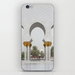 Sheikh Zayed Mosk in Abu Dhabi iPhone Skin