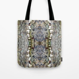 Crocodile kiss Tote Bag