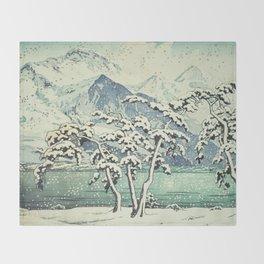 Seasonal Snow at Dara Throw Blanket