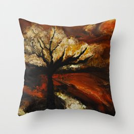 Soir d'automne Throw Pillow